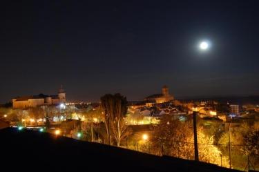vista-Simancas-nocturna